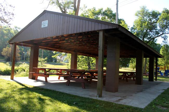 stadium shelter 5